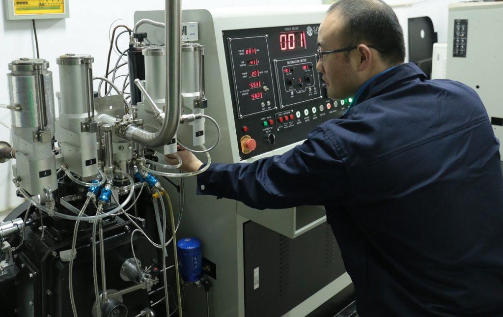 CFR knock test engine for octane testing